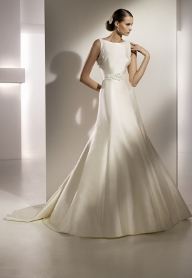 Pronovias Wedding Dress Style Milan