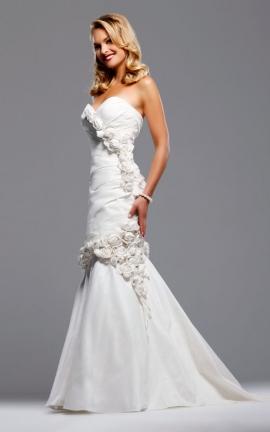 Detachable skirt train wedding dresses dress attire for Removable skirt wedding dress davids bridal