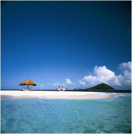 St. Vincent in the Grenedines is a beyond-beautiful honeymoon destination!