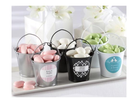 Personalised Wedding Gift Cheap : Photo: Affordable wedding guest favors- personalized tin pails for ...