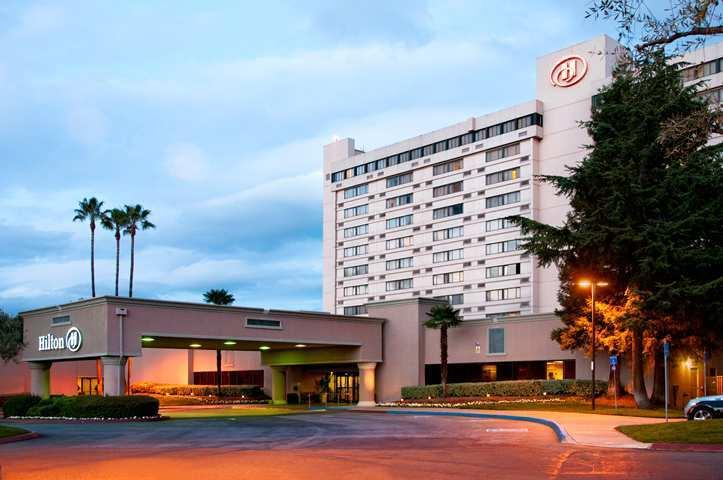 Wedding Venues in Concord, CA: Hilton Concord