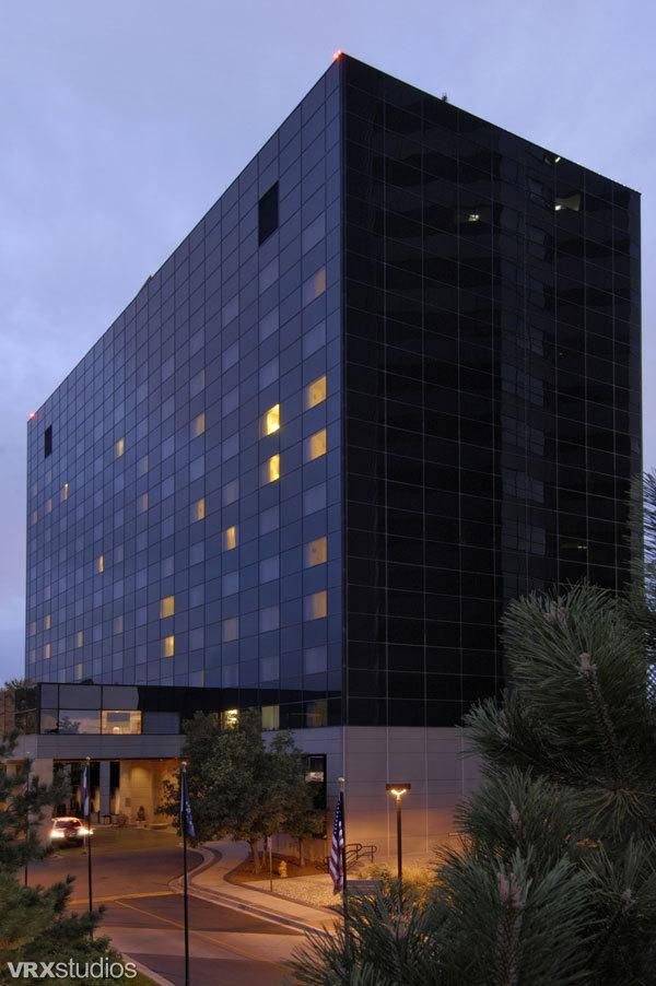 Wedding Venues in Denver, CO: Loews Denver Hotel