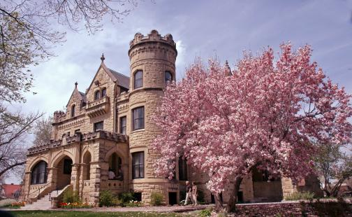 Joslyn Castle On OneWed