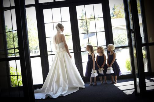Photographers in Columbus, OH: Curtis Wallis Wedding Photographer