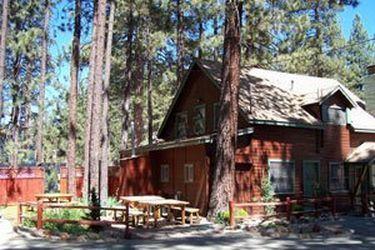 Golden Bear Cottages Resort On OneWed