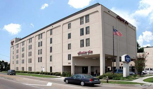 Portfolio image for Hampton Inn Metairie