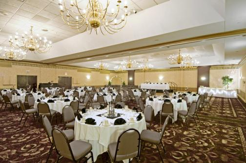 Holiday Inn Select Wichita On OneWed