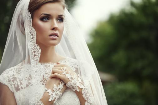 Wedding Planners / Consultants in Chicago, IL: Unveil Your Look - Wedding Style Shopping & Day-Of-Wedding Personal Styling