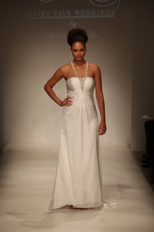 Emilee 39 S Blog Silk Wedding Dress Embroidery Valencienne