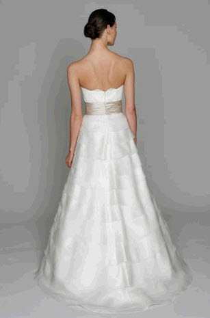 Bliss by Monique Lhuillier Wedding Dress Style BL1105