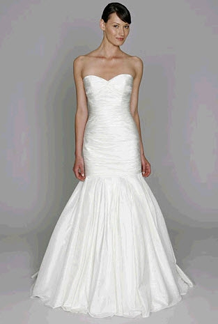 wedding dress style BL1111 is a white sweetheart neckline mermaid