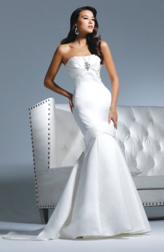 Nardia 39 s blog christmas reception activities if you have for David tutera beach wedding dresses