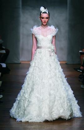 Monique Lhuillier Wedding Dress Style Dandelion