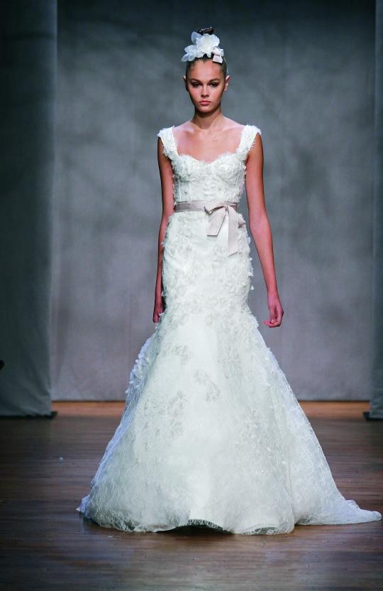 BRIDAL DRESSES MONIQUE LHULLIER BRIDALDRESSES