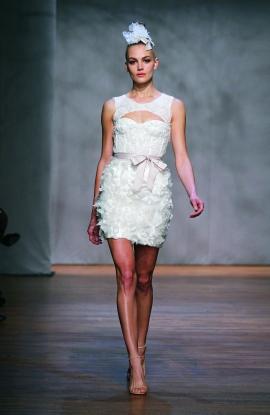 Monique Lhuillier Wedding Dress Style Pixie