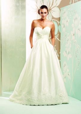 4154 wedding dress