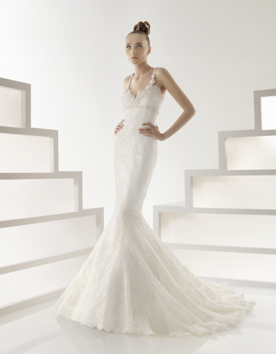 Rosa Clara's wedding dress style 209- Edith is an ivory, spaghetti straps