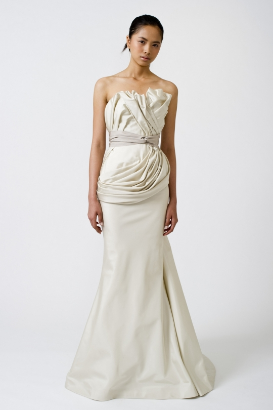 mermaid wedding dresses 2011 uk. vera wang wedding dresses 2011