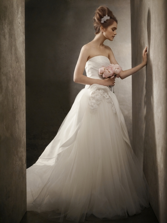 White by Vera Wang Wedding Dress Style VW351026
