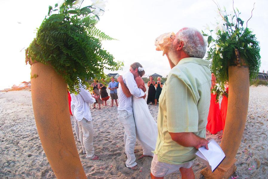 Don-minister-beach-wedding0008.full
