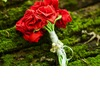 Eco-friendly-wedding-finds-recycled-on-etsy-red-rose-bouquet.square