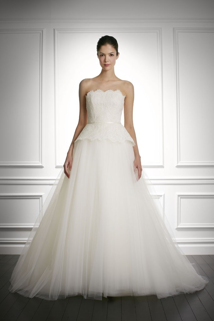 Fall-2013-wedding-dress-carolina-herrera-bridal-gowns-10.full