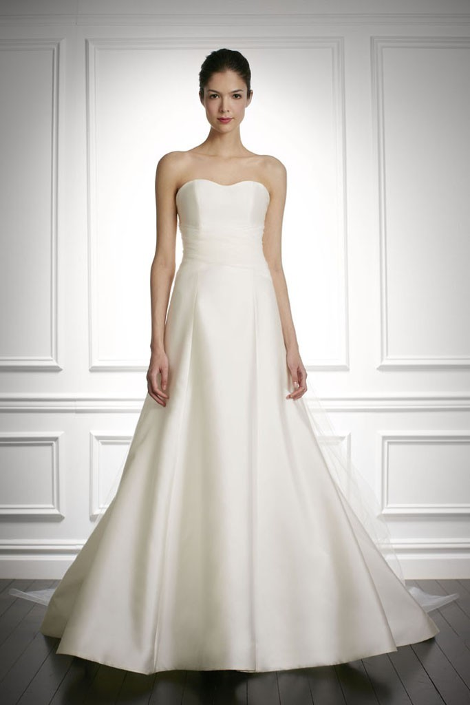 Fall-2013-wedding-dress-carolina-herrera-bridal-gowns-1.full
