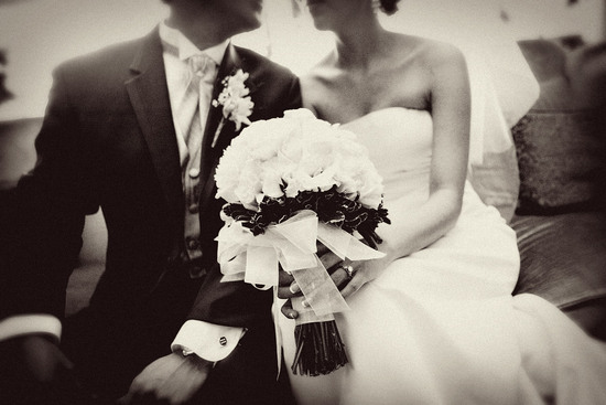 new wedding site for brides vendors black and white