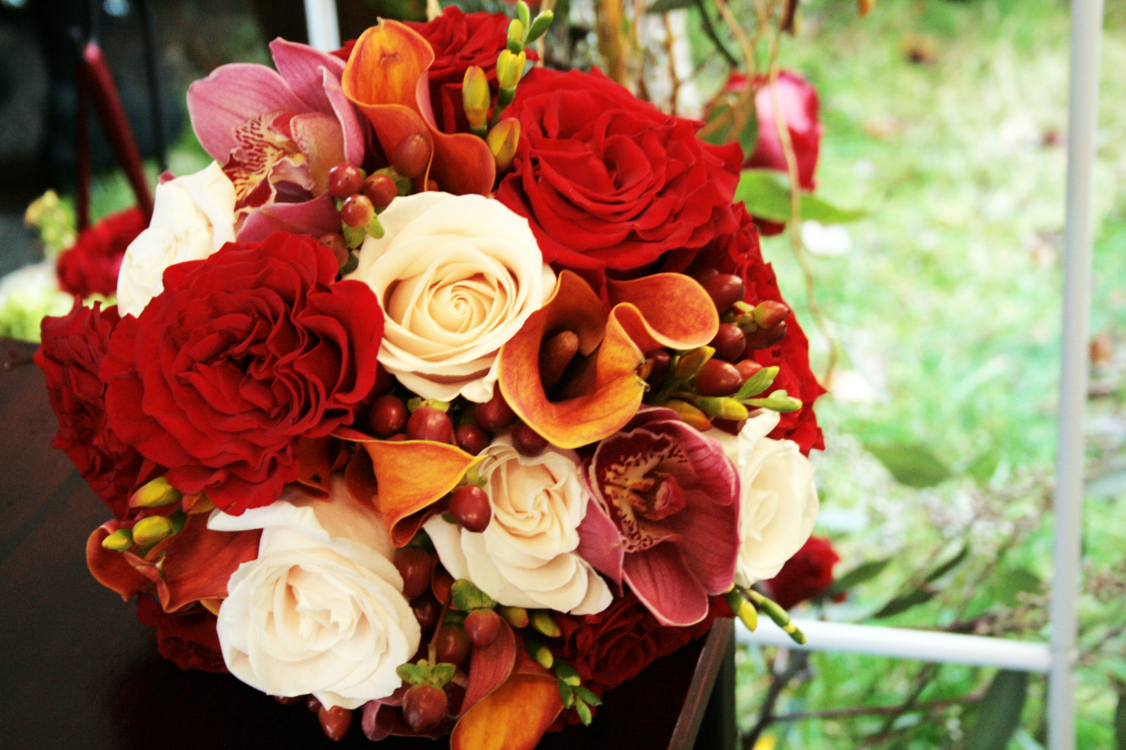 fall wedding flowers bouquets and centerpieces 2 | OneWed.com