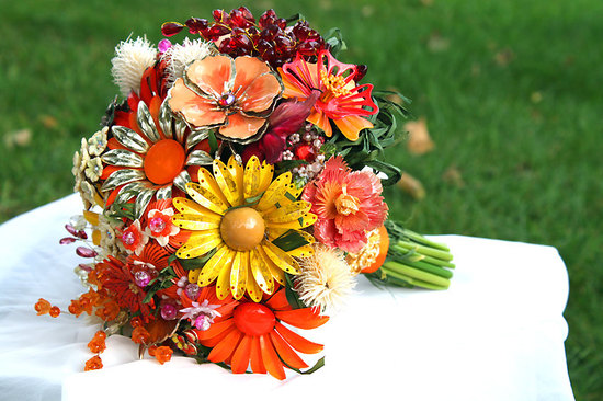 fall wedding flowers bouquets and centerpieces vintage brooches