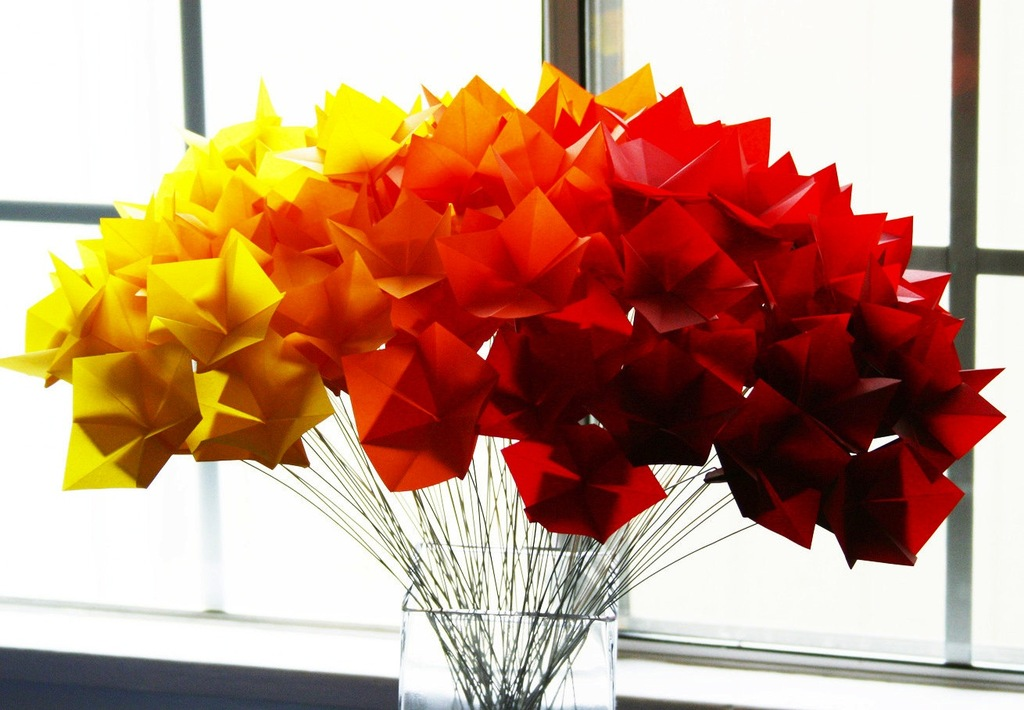 Fall-wedding-flowers-bouquets-and-centerpieces-origami-ombre.full