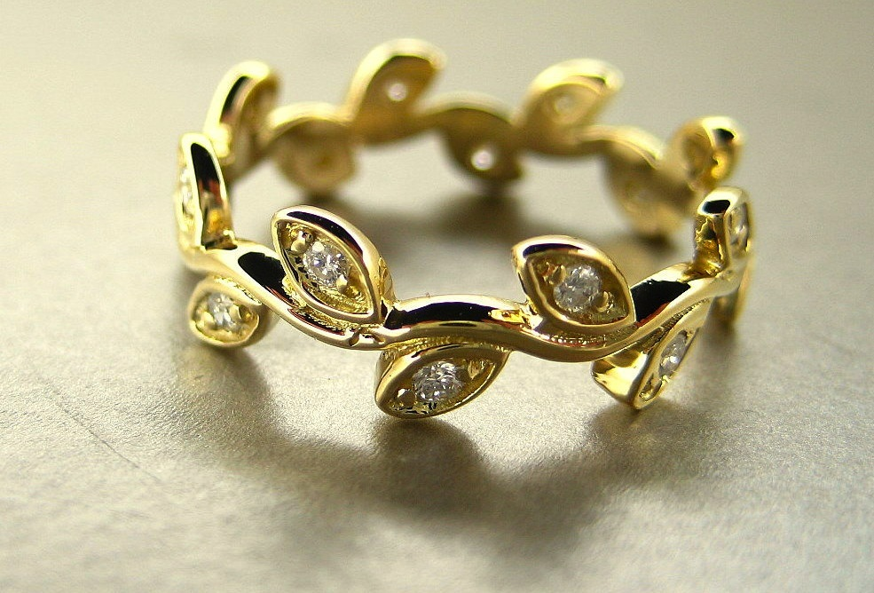 Unexpectedly-awesome-wedding-bands-for-brides-and-grooms-etsy-handmade-gold-leaf.full