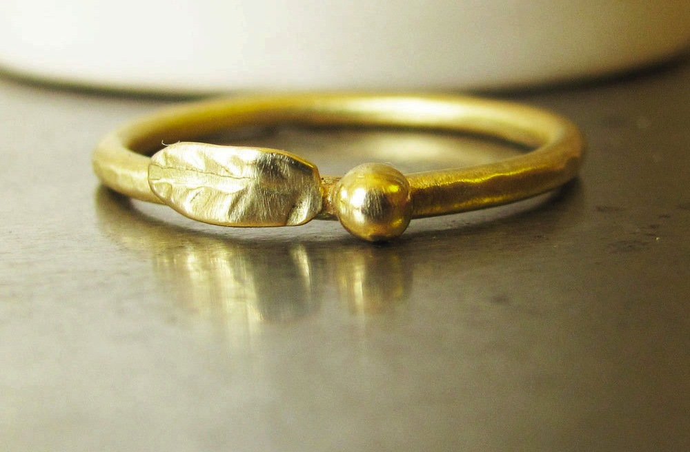 Unique-wedding-bands-on-etsy-1.full