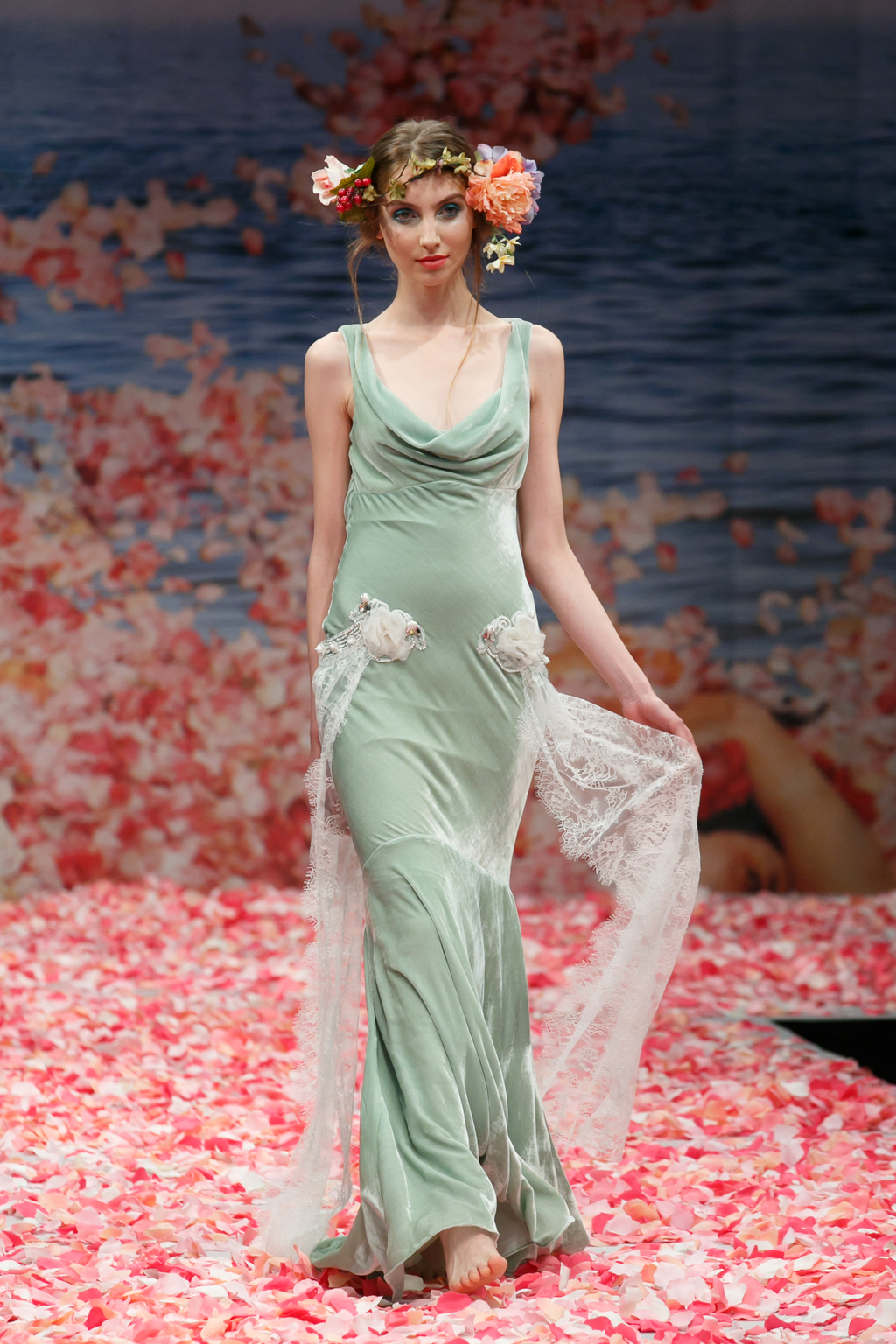 2013-wedding-dress-by-claire-pettibone-an-earthly-paradise-bridal-collection-venus.full