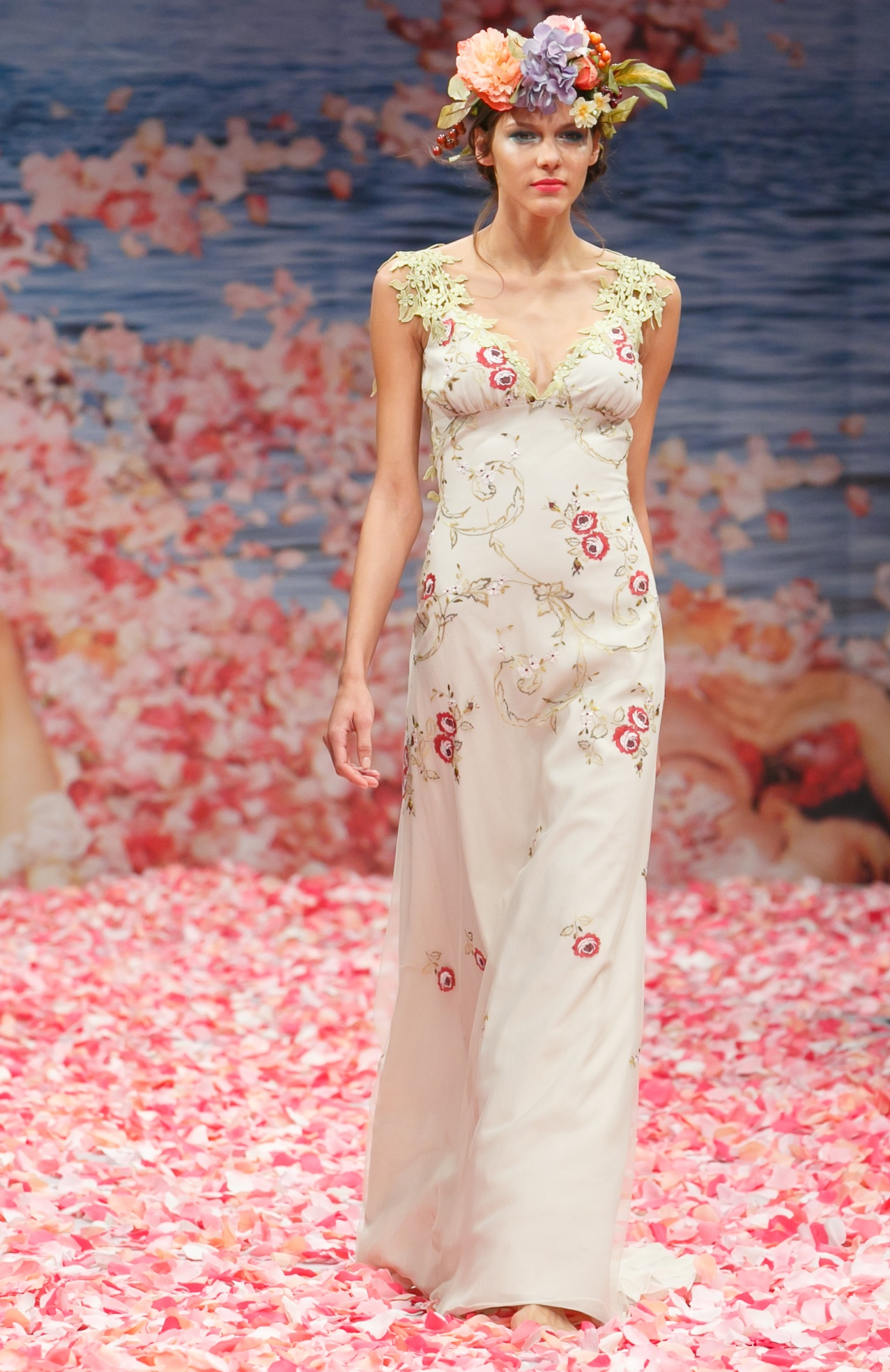 2013 wedding dress by claire pettibone an earthly paradise for Where to buy claire pettibone wedding dress