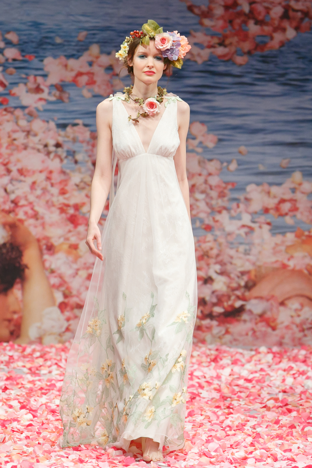 2013-wedding-dress-by-claire-pettibone-an-earthly-paradise-bridal-collection-aria.full