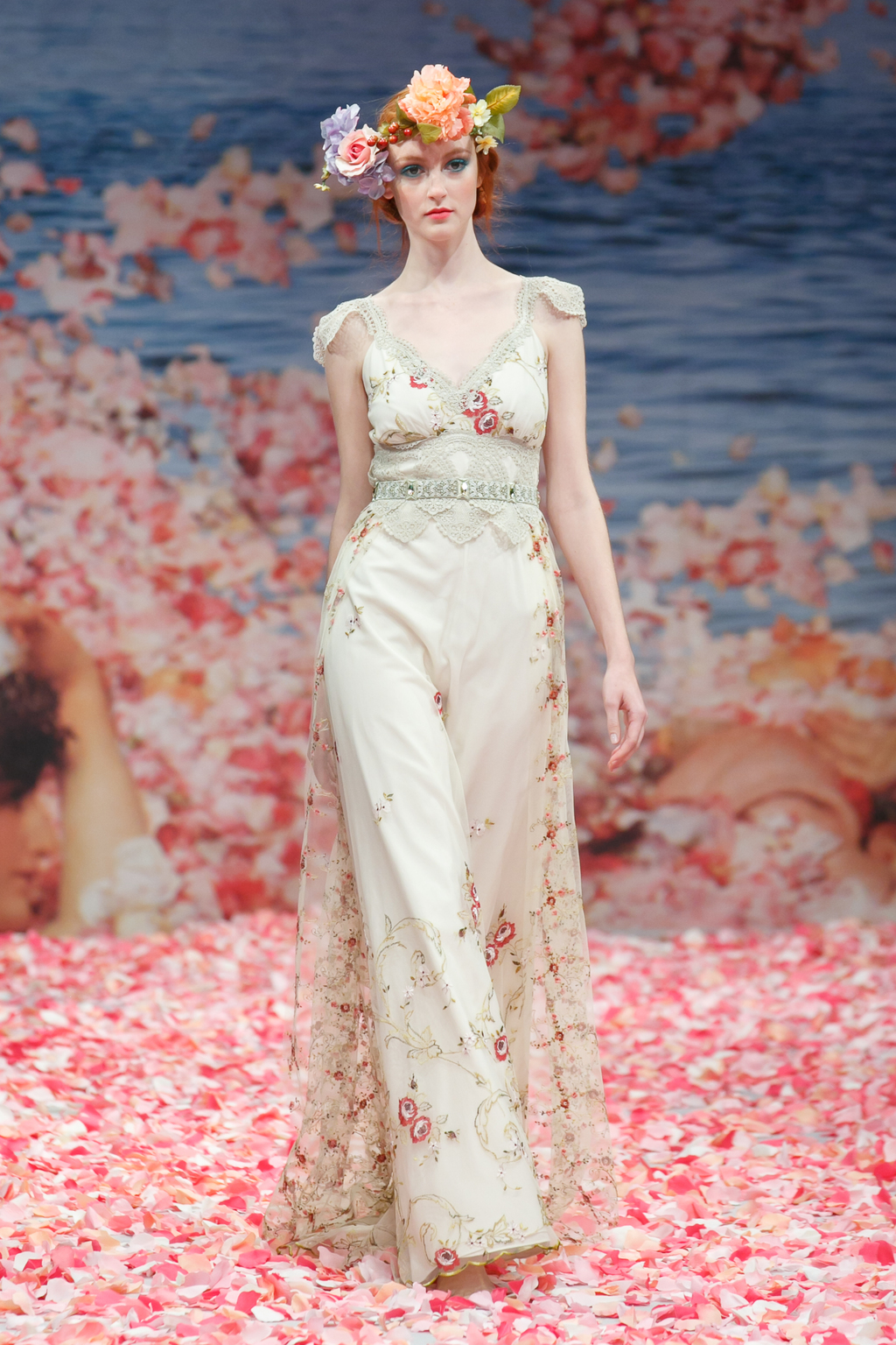 2013-wedding-dress-by-claire-pettibone-an-earthly-paradise-bridal-collection-oleander.full