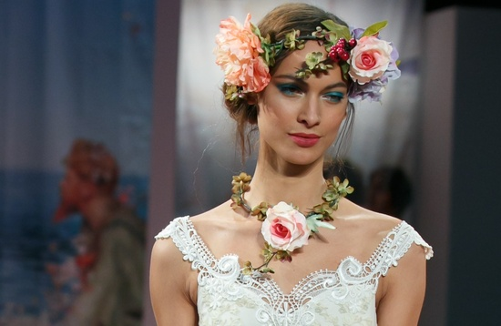 romantic brides runway inspiration Claire Pettibone something blue lids