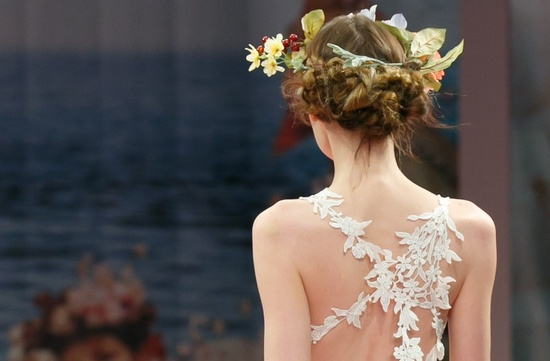 bridal beauty inspiration from 2013 wedding dress catwalks Claire Pettibone 2