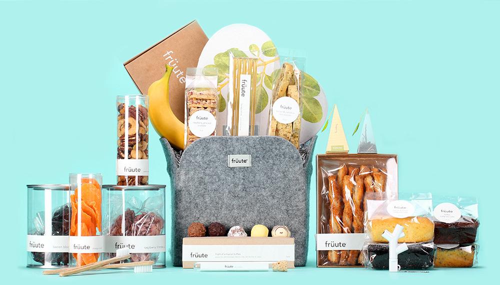 Wedding-gift-thank-you-ideas-frutte-customized-baskets-5.full