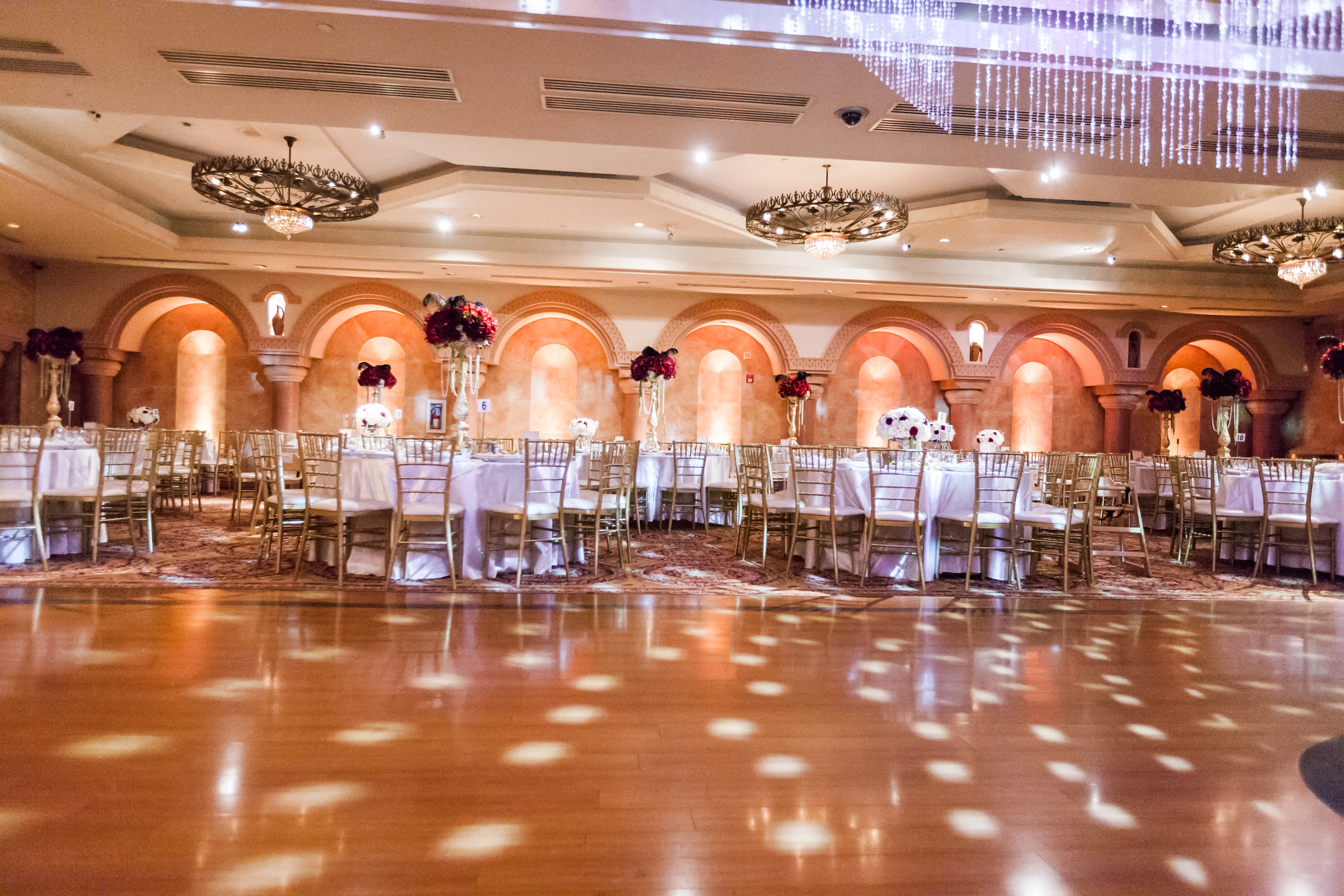 Epic wedding in los angeles california weddings elegant for Wedding spots in california