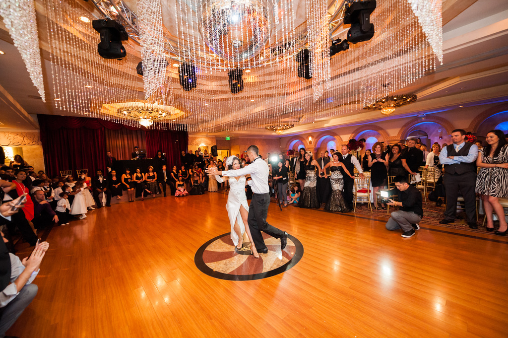Epic-wedding-in-los-angeles-california-weddings-first-dance.full