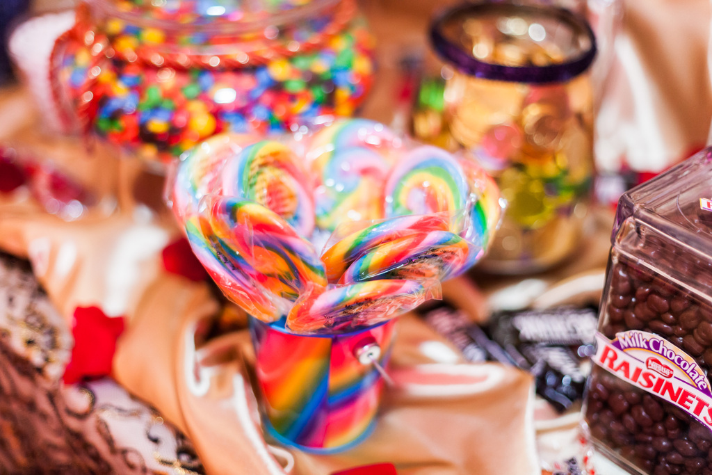 Epic-wedding-in-los-angeles-california-weddings-candy-bar-1.full
