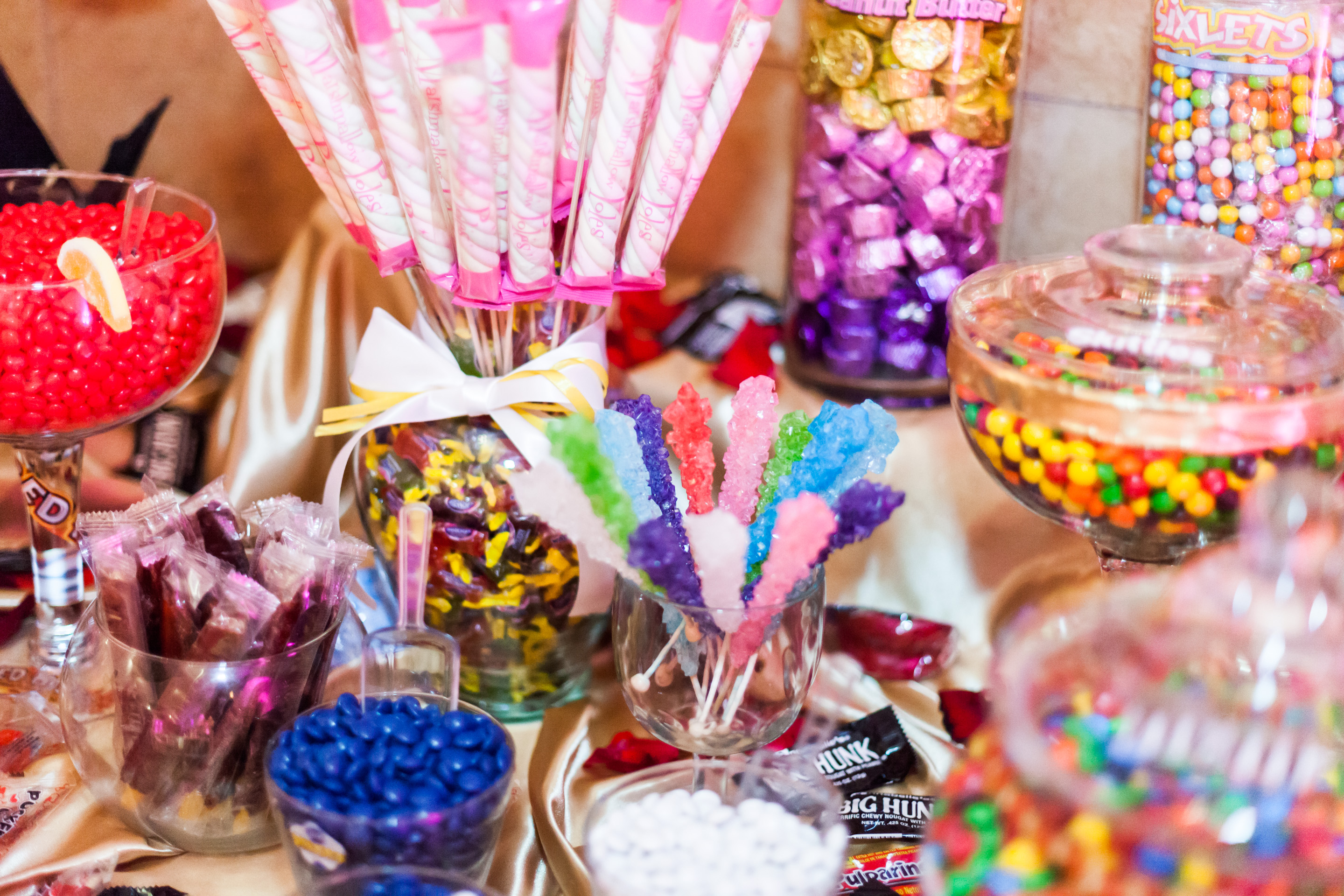 Epic-wedding-in-los-angeles-california-weddings-candy-bar-2.original