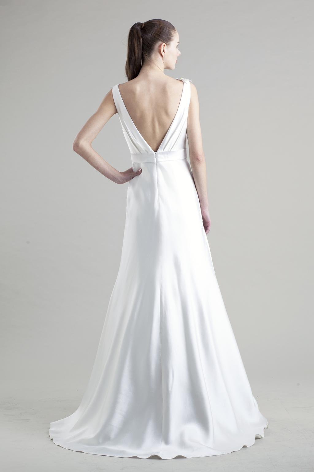 Jenny-yoo-wedding-dress-colllection-spring-summer-2013-bridal_gowns-kendall-back.full