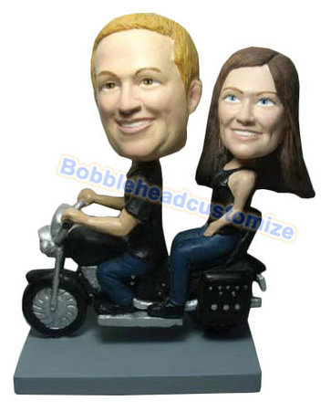 Custom_bobbleheads_wedding_On_Scooter_1