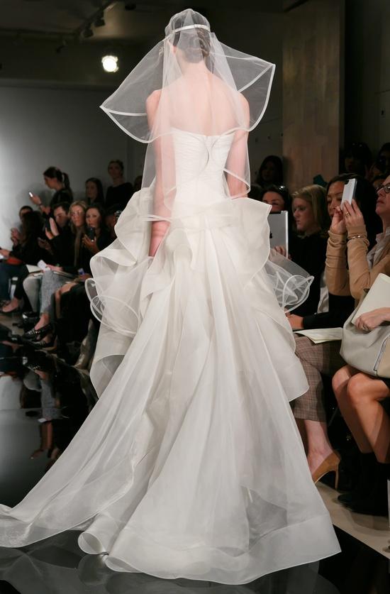 little white wedding dresses for 2013 reem acra bridal 2
