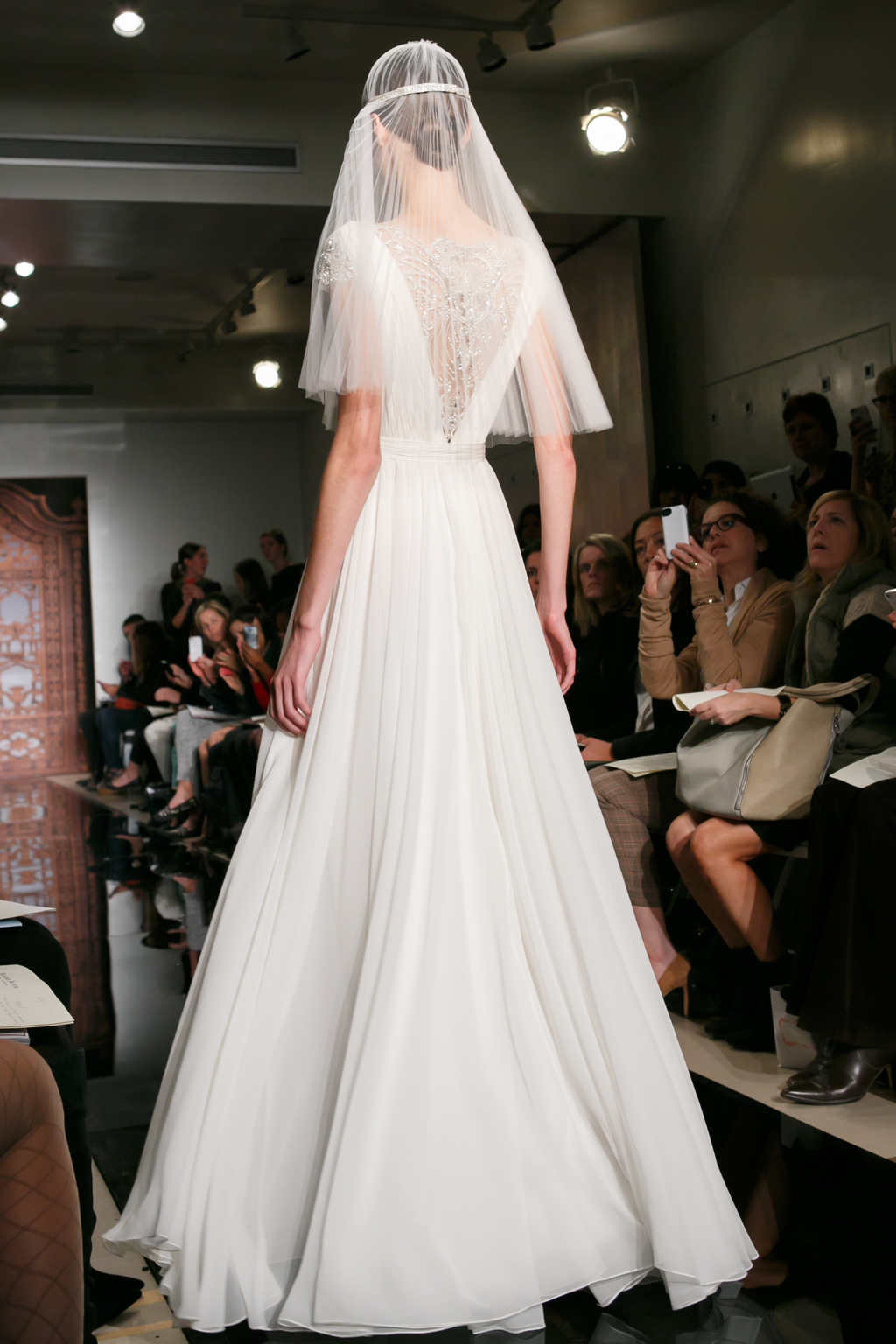 Reem-acra-wedding-dress-fall-2013-bridal-vik-goddess-b.full
