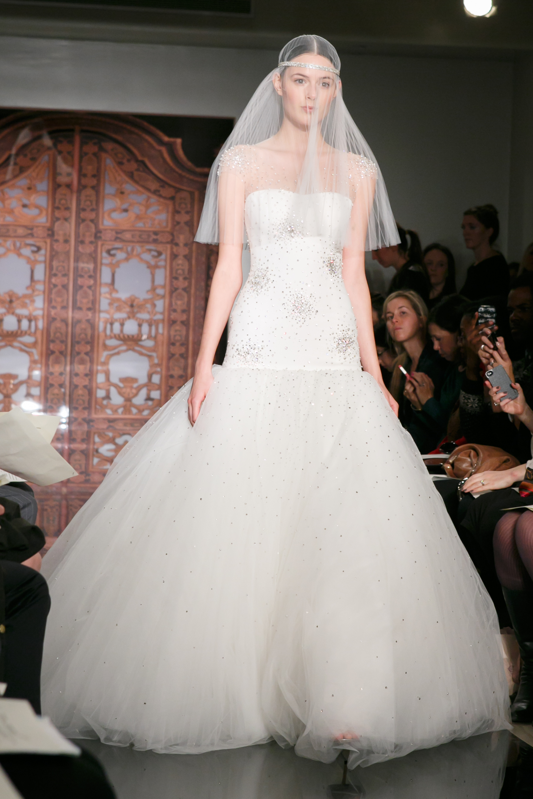 Reem-acra-wedding-dress-fall-2013-bridal-sadie-super-star-front.original