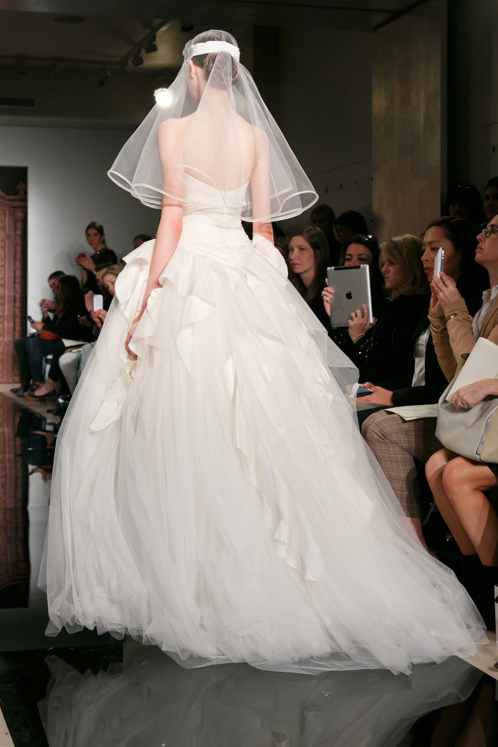 Reem-acra-wedding-dress-fall-2013-bridal-melise-modern-sensation-b.full